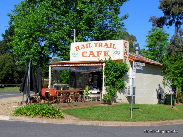 Rail Trail cafe at Porepunkah