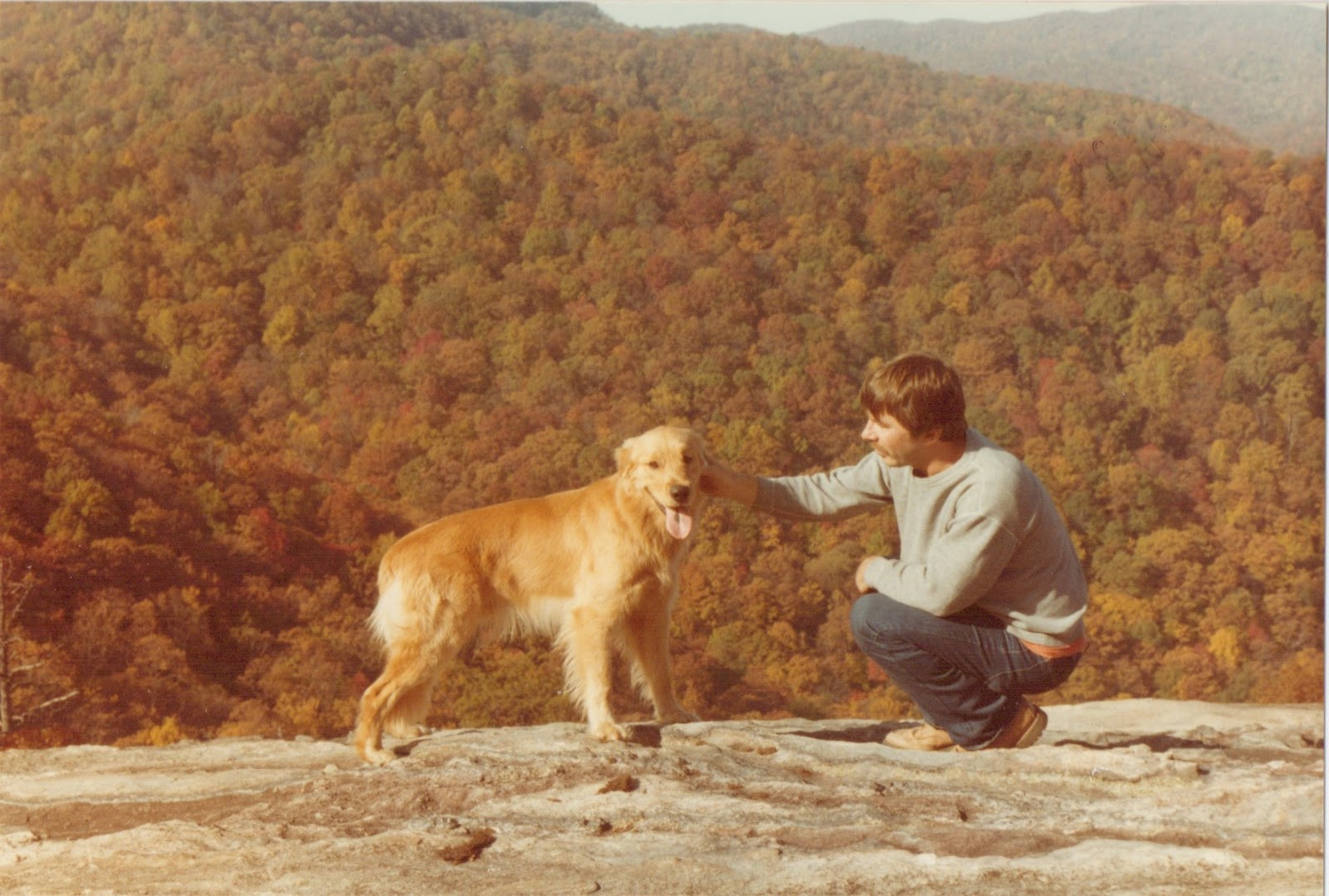 1 thousand reasons to love hendersonville nc we did some hiking and some repelling which was fun but mostly it was chip and i and my golden retriever keeshe solutioingenieria Choice Image
