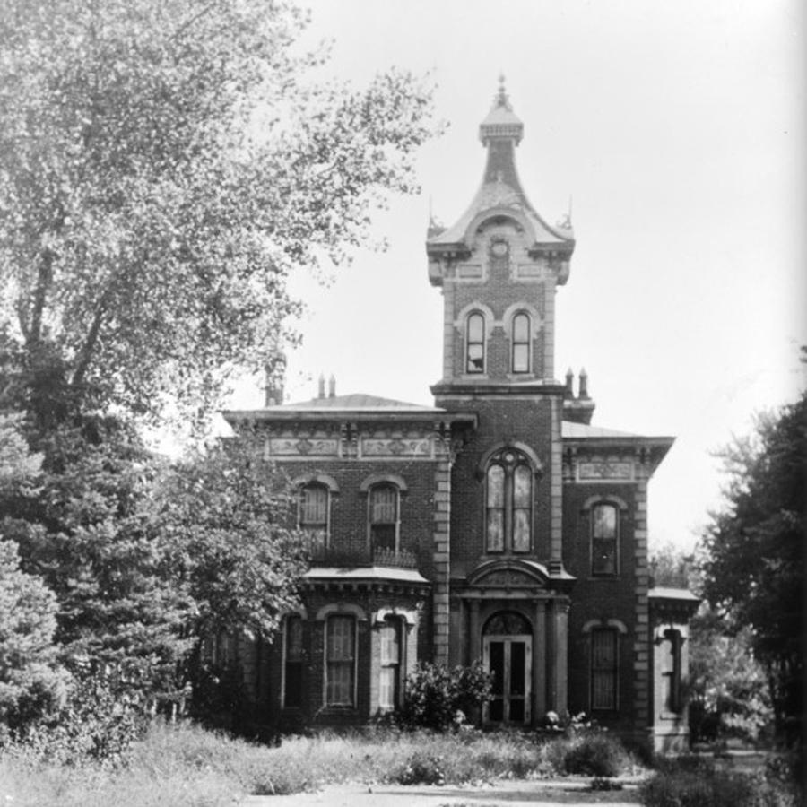Globeville Story: The Haunted House Of Globeville
