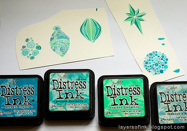 Layers of ink - Textured Ornament Tag Tutorial by Anna-Karin Evaldsson with SSS STAMPtember Ornate Ornaments