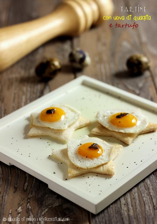 Tartine con uova di quaglia e tartufo
