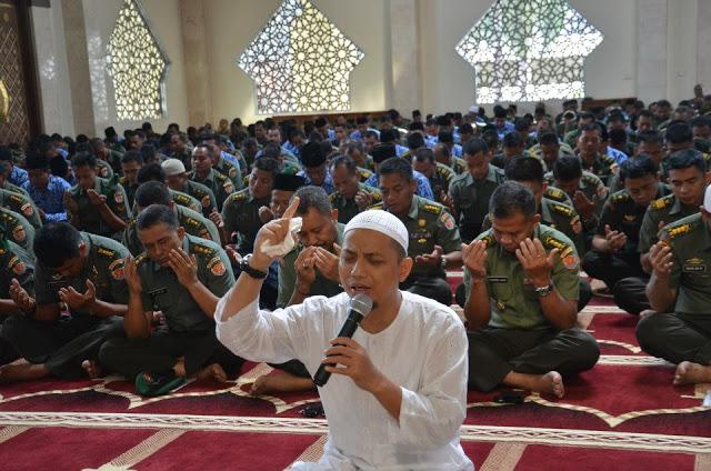 Arifin Ilham: Jagoan Berkelahi Yang Sudah Bergigi Sejak Lahir