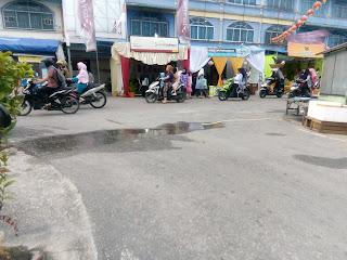Terlihat bazar yang di ikuti oleh banyak instansi