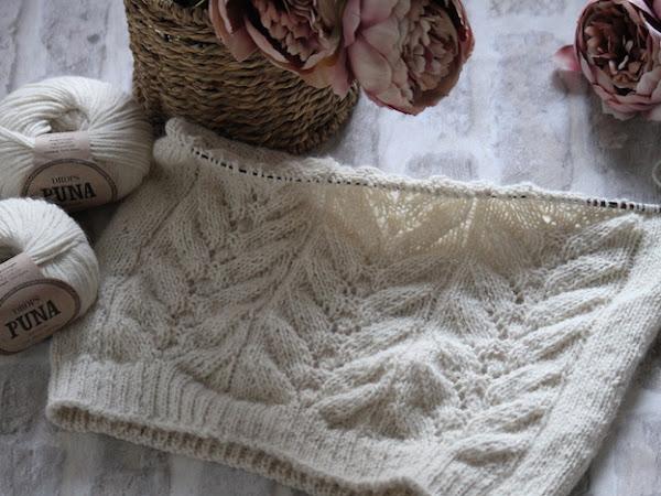 Valkoista neuletta