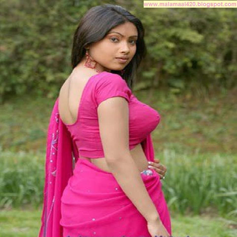 Mallu Aunty Hot In Blue Blouse & Bra Hot Pictures & Sexy ...