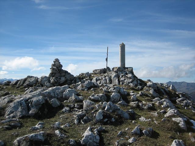 Rutas Montaña Asturias: Cima del Caldoveiru