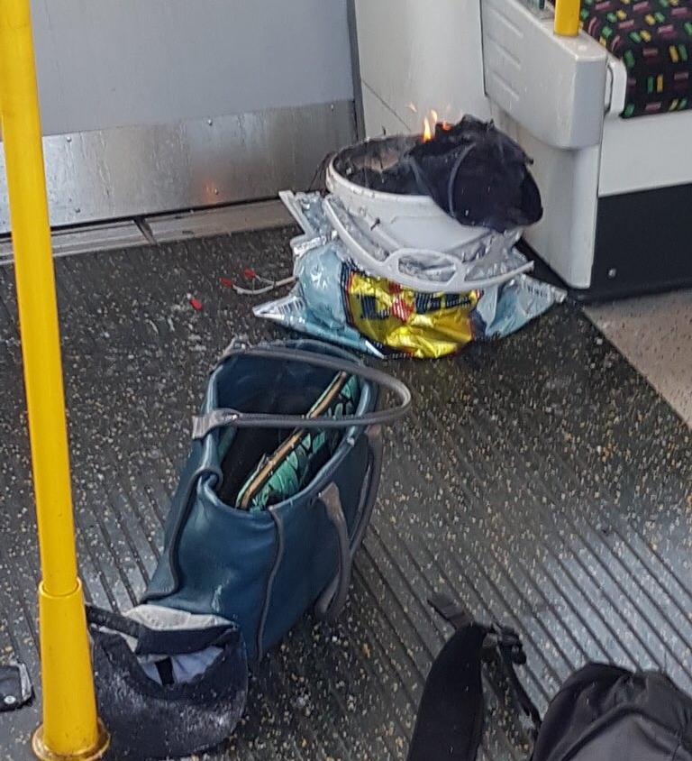 Έκρηξη στο Λονδίνο! Πανικός και τραυματίες στο μετρό