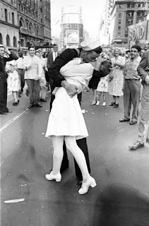 Greta Friedman: Nurse in the Iconic WWII Times Square Kissing Photo