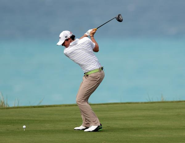Rory McIlroy Perfect Golf Swing Sequence : Aggressive Body