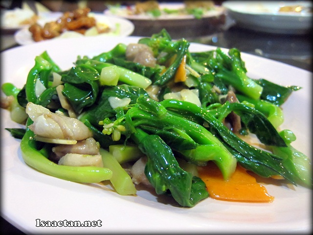 Stirfried Kailan Vegetables with Chicken - RM15