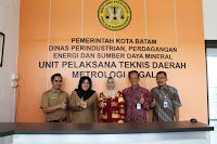 http://www.topfm951.net/2017/04/pengin-punya-metrologi-legal-idza.html#more