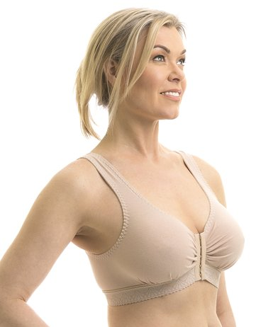 14c77bf54 Wearing a Sports Bra after Breast Augmentation. Find out the best way ...