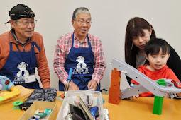 おもちゃ病院開業 川根孝之さん児島三郎さん
