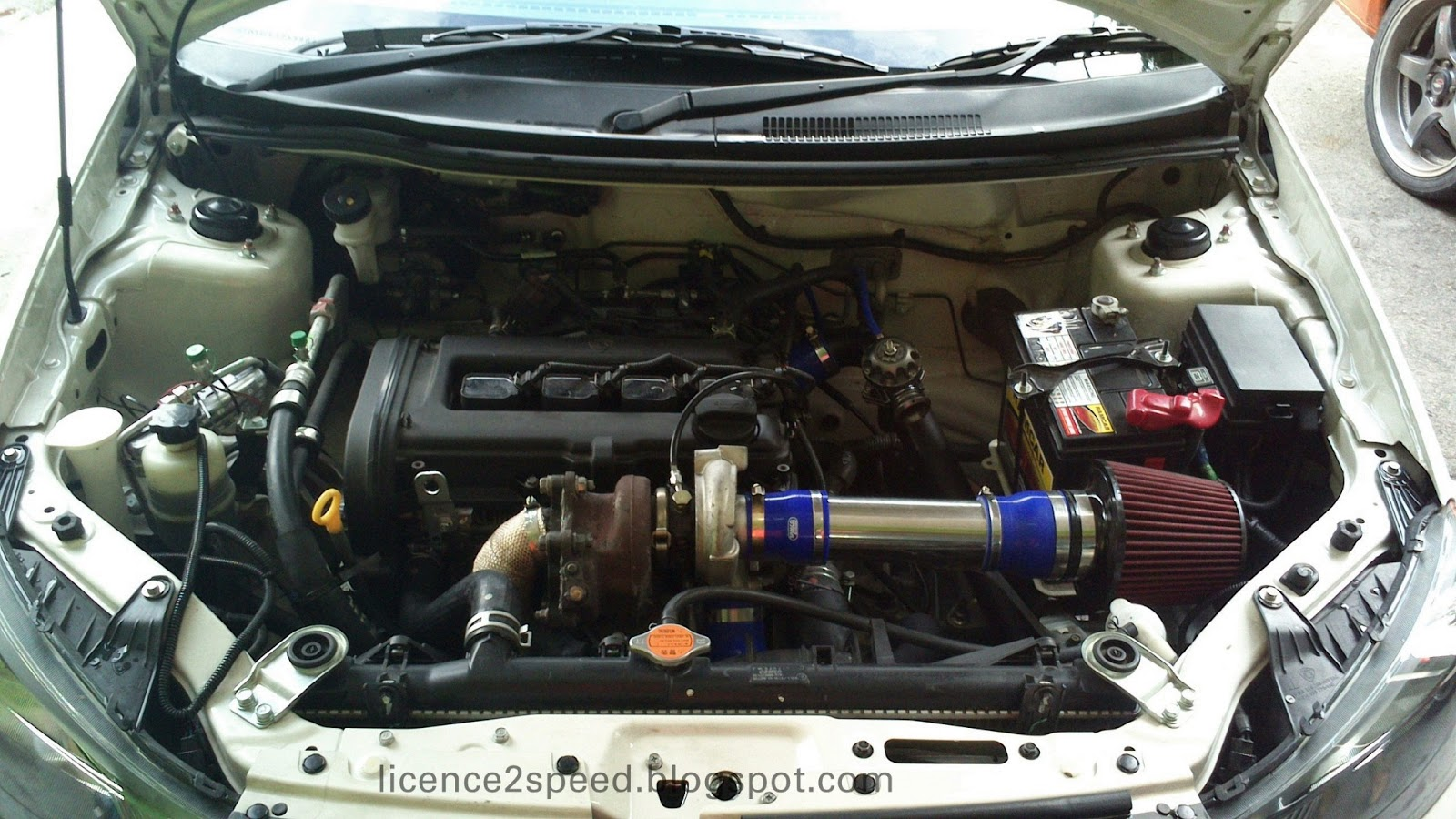 Licence to Speed - For Malaysian Automotive: 2012 Proton Saga FLX
