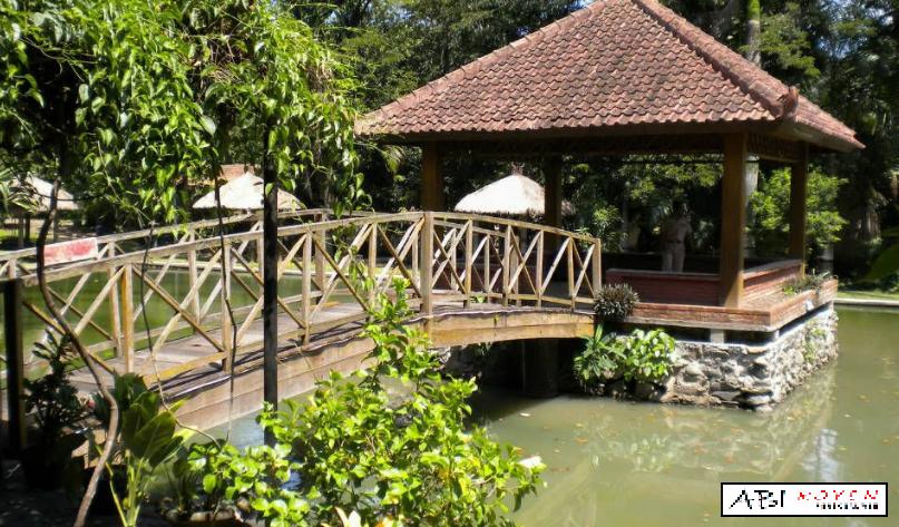 Destinasi%2BWisata%2BTerbaik%2Bdi%2BKota%2BSemarang%2BKampoeng%2BWisata%2BTaman%2BLele Destinasi Wisata Terbaik di Kota Semarang Yang Wajib Dikunjungi