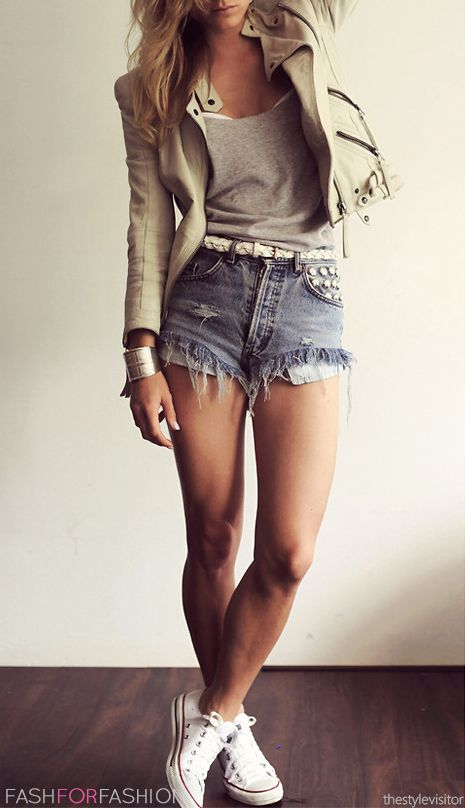 street style addict: jacket + top + denim shorts
