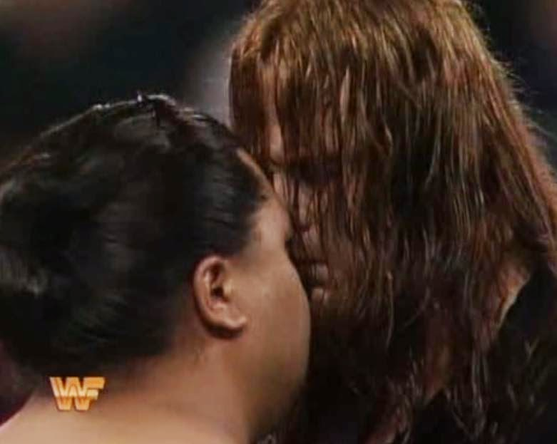 WWF / WWE ROYAL RUMBLE 1994: Yokozuna and The Undertaker faced off in a casket match