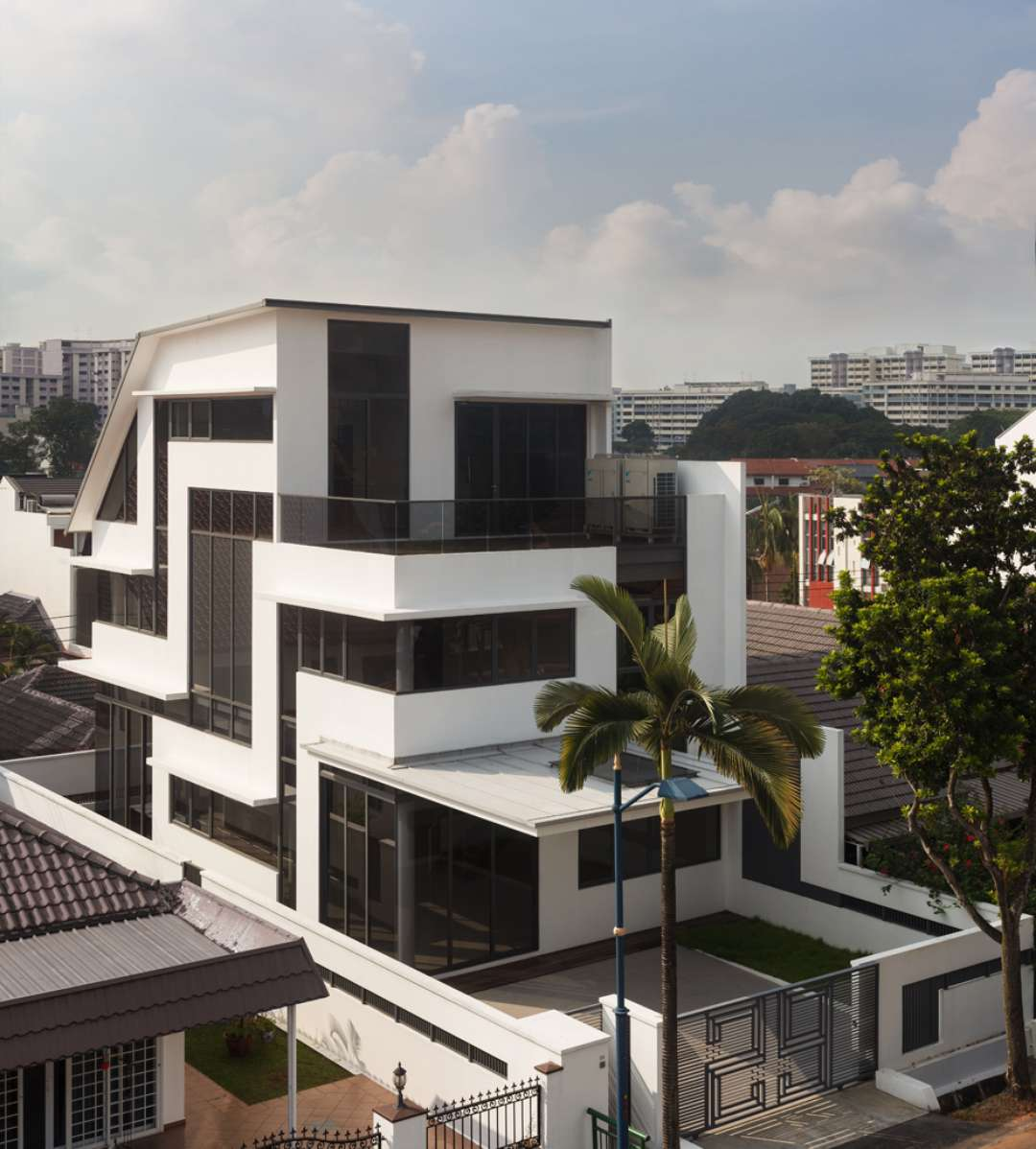 Pola Desain Arsitektur: NGARSITEKTUR TUR: 5 Bangunan Modern Yang Mengacu Pada 5