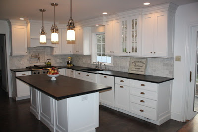 Yorktowne-Cabinets-Traditional-Kitchen