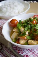 (Czerwone curry z kurczaka