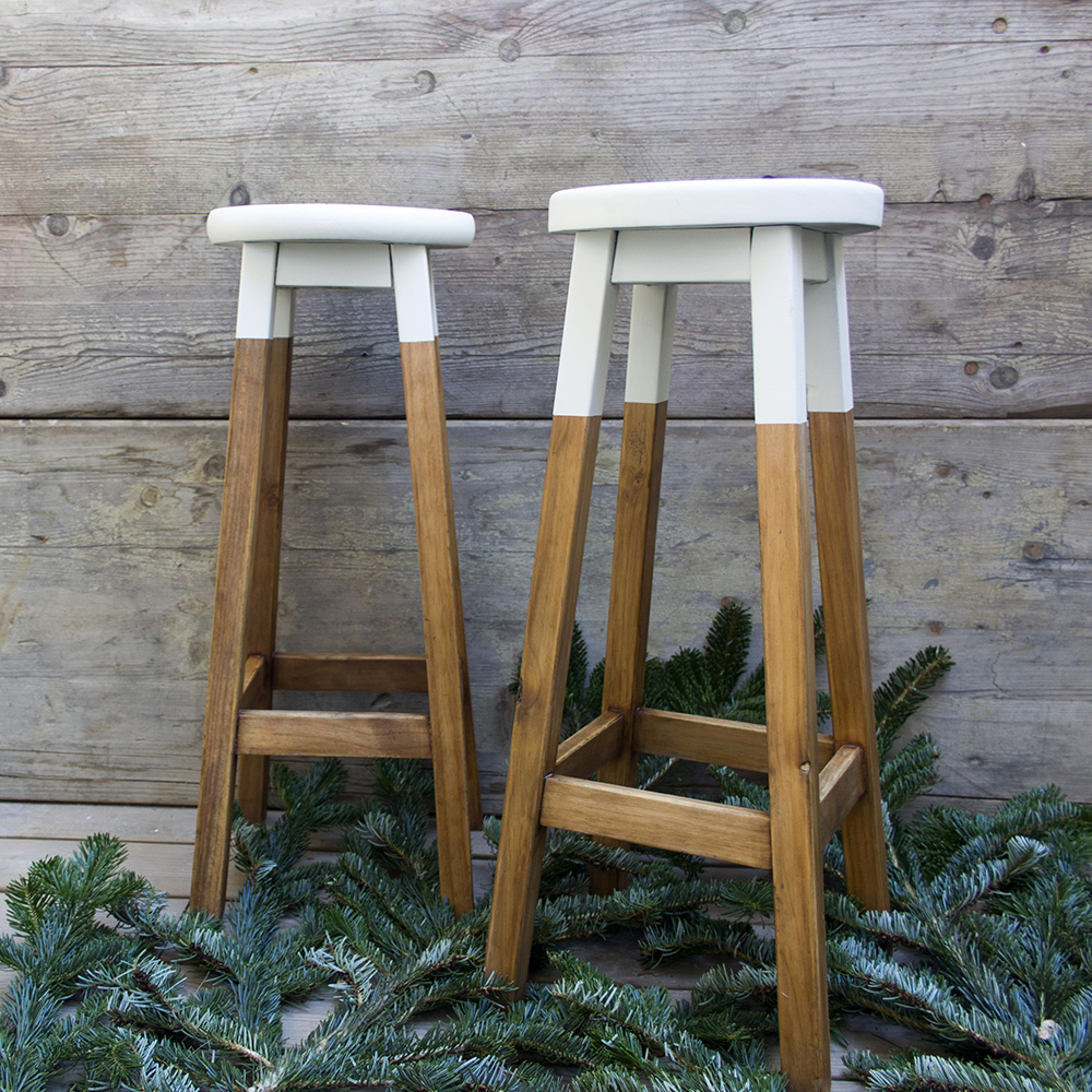 Paso A Paso - Dos taburetes de madera - Dip dye blanco y madera
