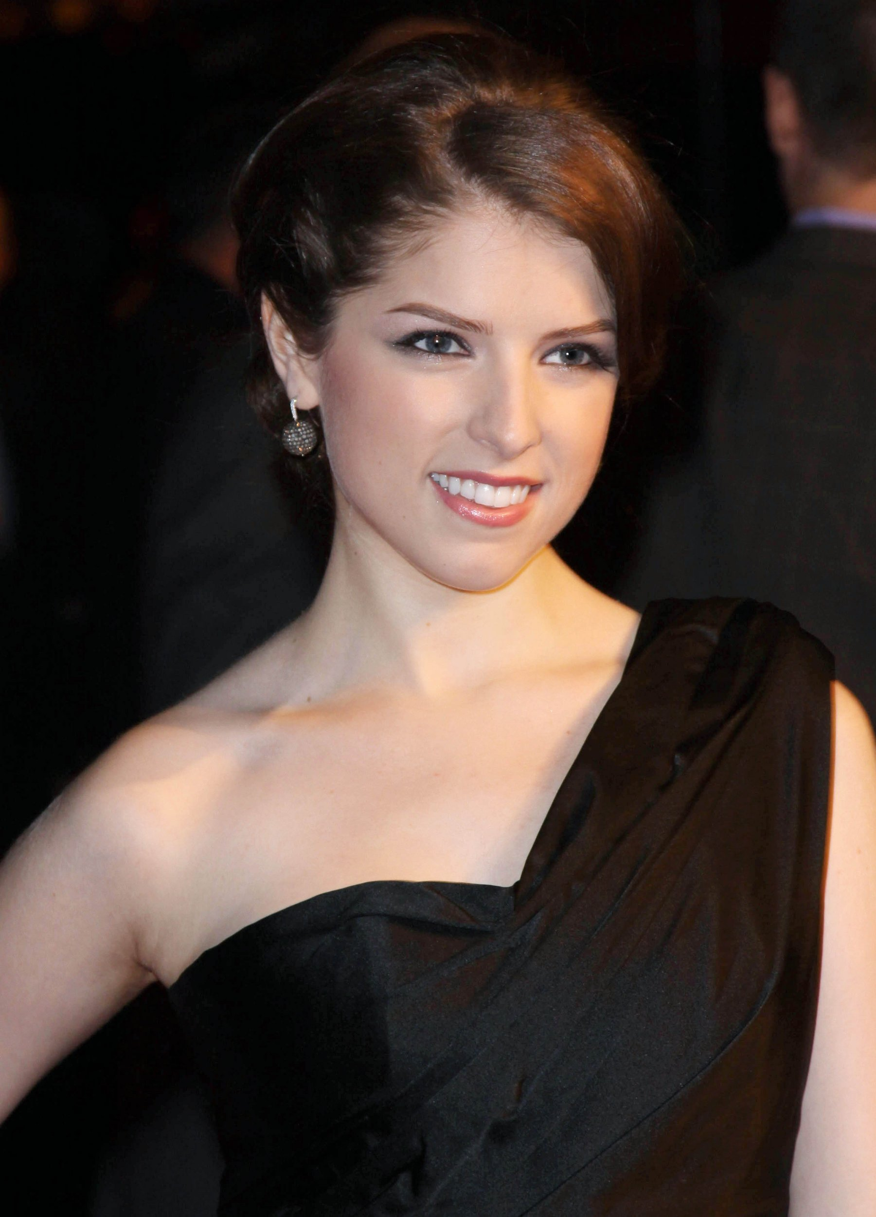 Shiri Appleby summary   Film Actresses