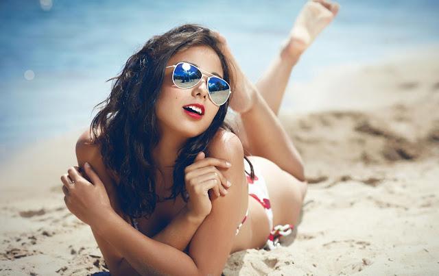 Tips Berjemur di Pantai