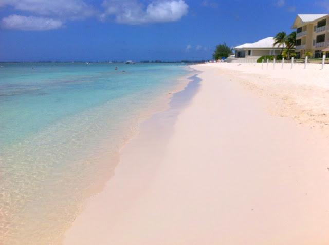 biitsi hiekkaranta uimaranta unelmaranta korallihiekka