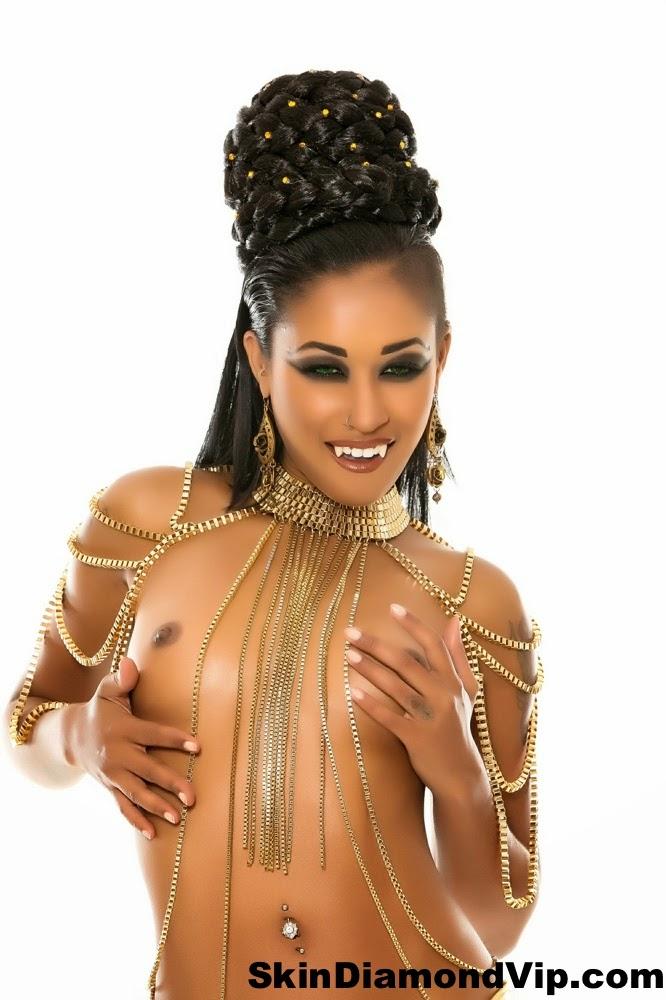 http://www.vampirebeauties.com/2014/11/vampire-model-skin-diamond.html