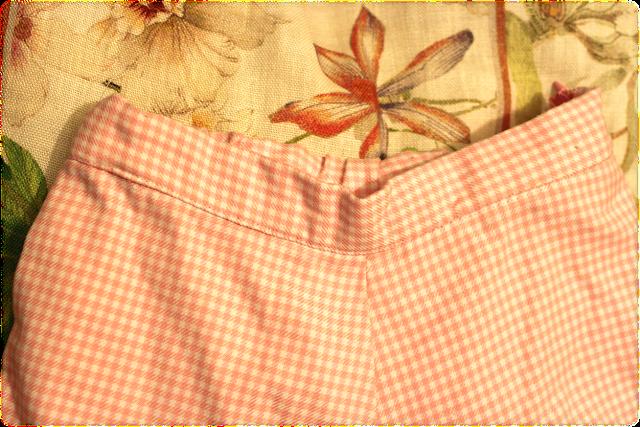 Pantalón con vuelta