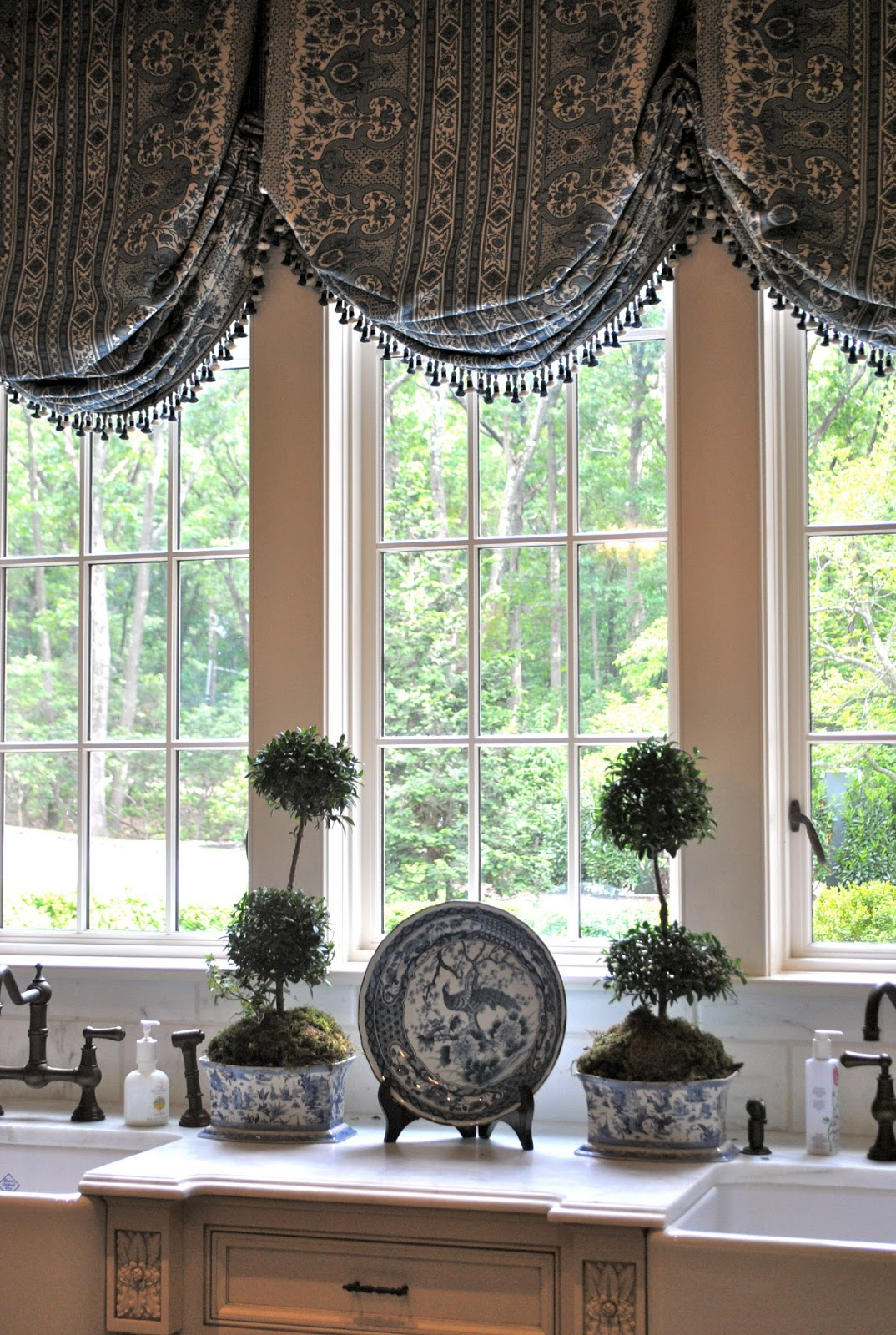 Kitchen Window Treatment Drawer Liners Random Weekend Musings Home Interior Design Ideas