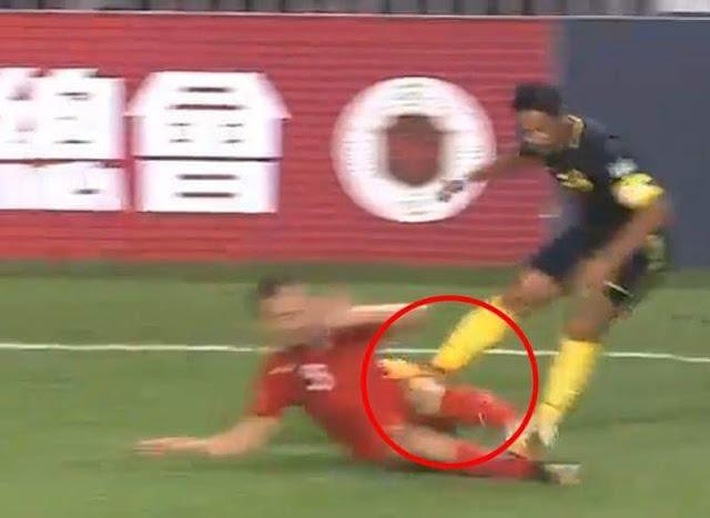 Skuad Malaysia Tewas 2-0 Dengan Hong kong, Kad Merah Dari Safiq Rahim Sengaja?