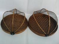 tempat makanan dari bambu