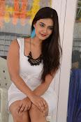 neha deshpande new glam pics-thumbnail-4