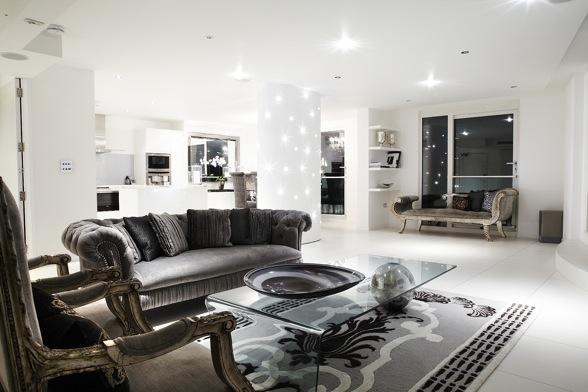 Noir blanc un style for Decoration salon argente