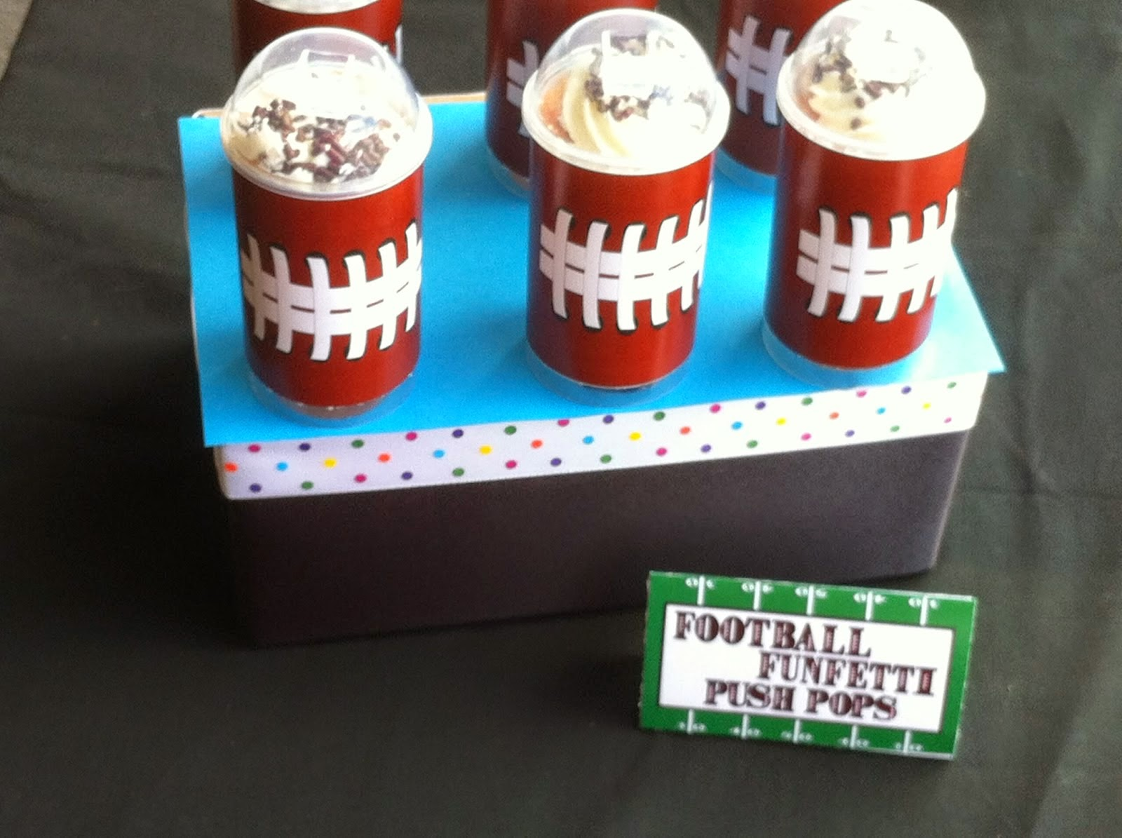 Football: Free Party Printables.