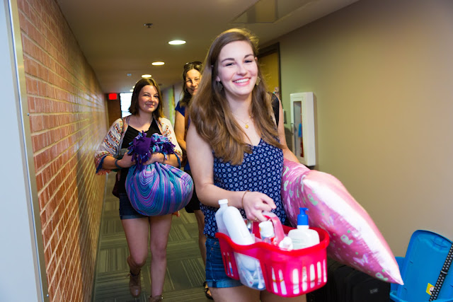 Move in day at Trinity University