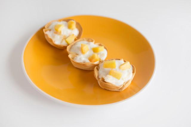 yogur-peach-mini-tarts, tartaletas-de-yogur y melocoton