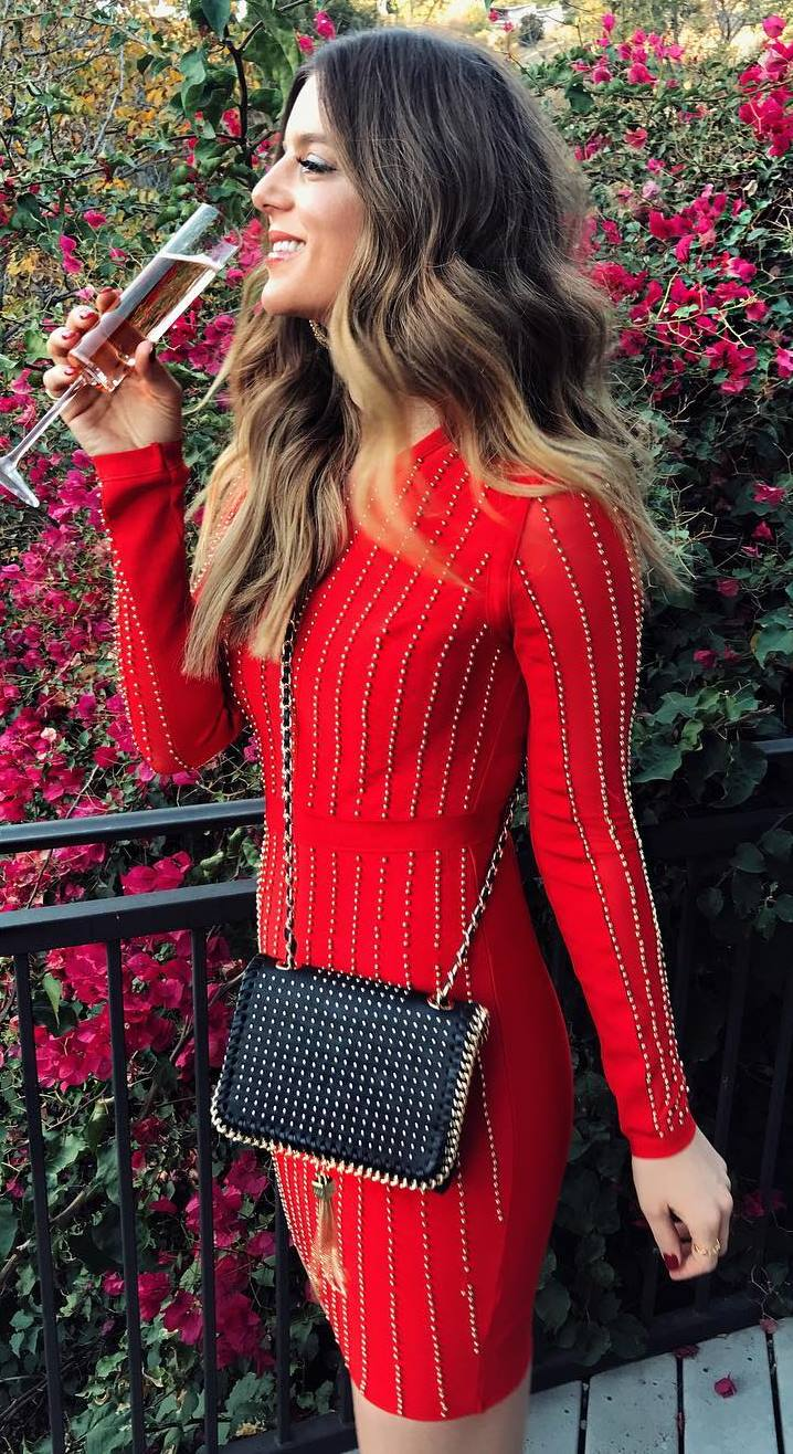 amazing outfit idea | red dress and bag