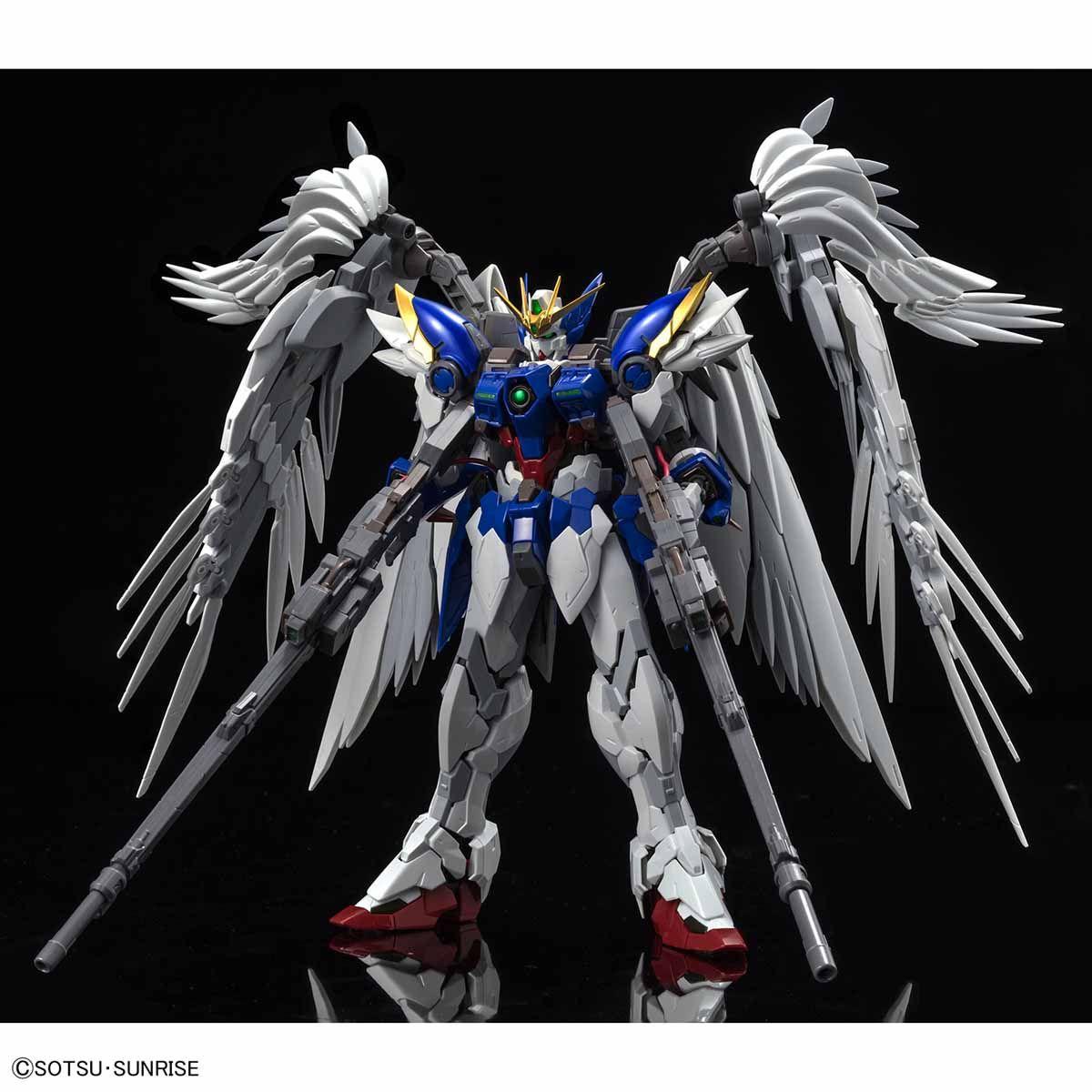 Hi-Resolution Model 1/100 Wing Gundam Zero Custom EW Ver.