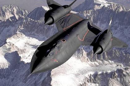 SR-71 Blackbird : Pesawat Tercepat Di Atmosfir Bumi
