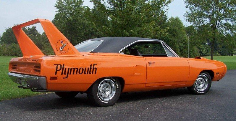Chrysler leaves nascar