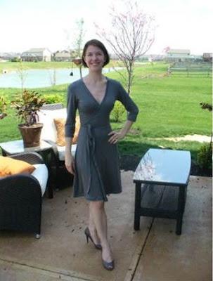 vestido cruzado Burda