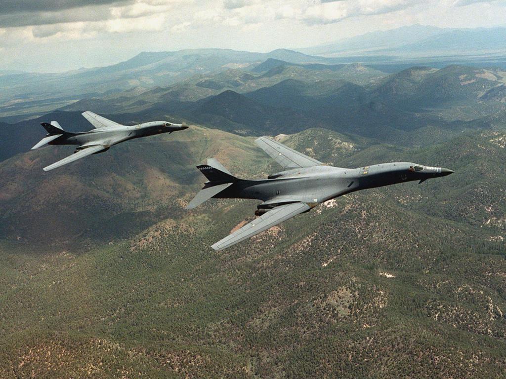 B-1 Lancer Long-range Supersonic Bomber Aircraft | Fighter ... B1 Lancer Supersonic