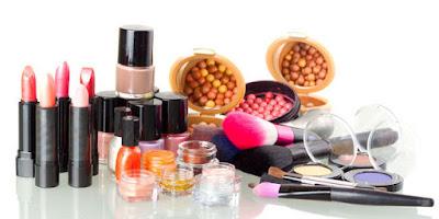 Peluang Bisnis Usaha Toko Kosmetik dengan Analisa Lengkap