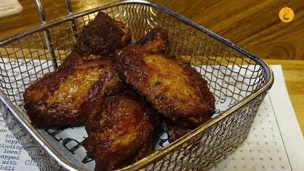 Alitas de pollo Hot and Smoked Madrid Malasaña