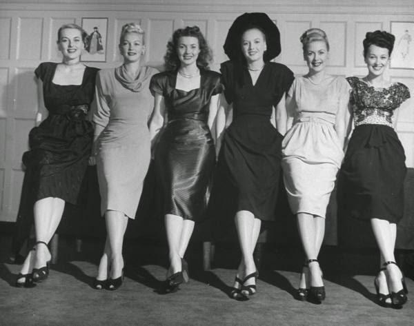 Anos 40 a moda e a guerra mente flutuante retr for Mobilia anos 40