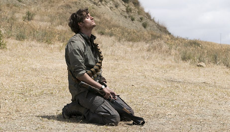 Troy, en el episodio 3x12 Brother's Keeper de Fear The Walking Dead