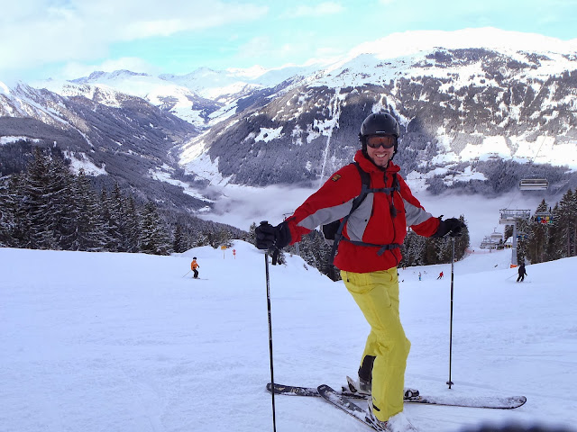 Simon Skiing In Mayrhofen - What To Pack For A Ski Trip?