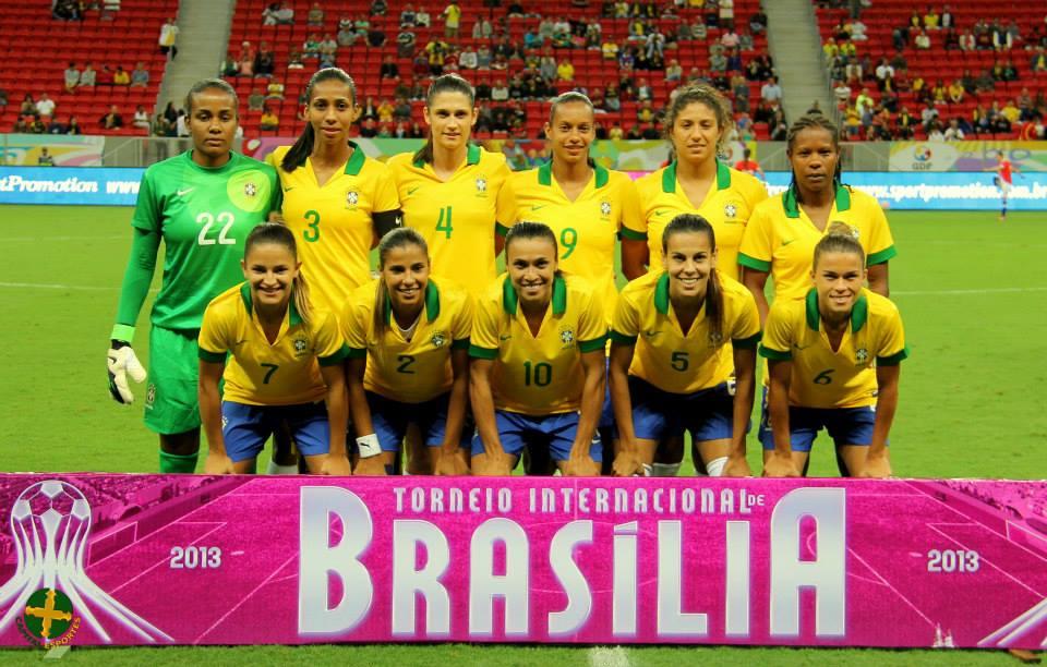 Formación de selección femenina de Brasil ante Chile, Torneio Internacional de Brasília 2013, 12 de diciembre
